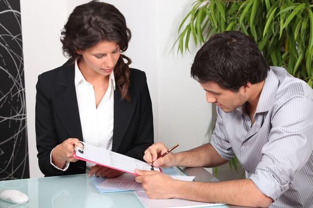Взять кредит в 19 лет: как оформить, требования и необходимые документы