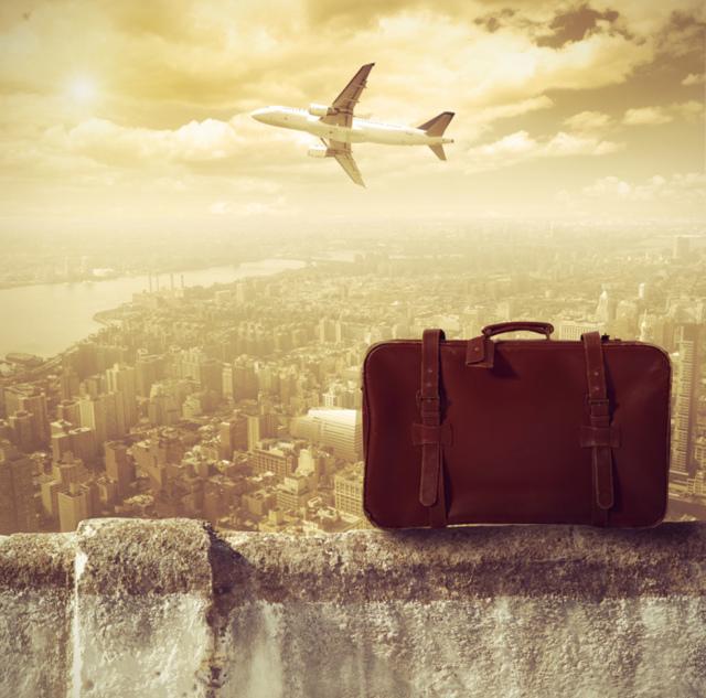 Можно ли выехать за границу с кредитом: как узнать об ограничении и что делать