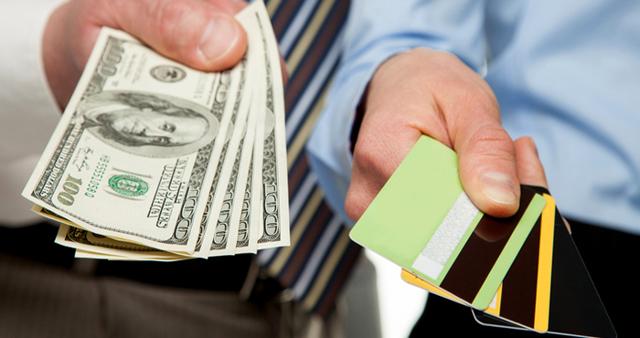 Потребительский кредит или кредитная карта: что выгоднее