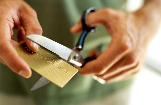 Как закрыть кредитную карту правильно